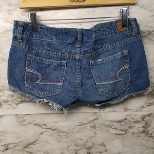 American Eagle Womens Jean Shorts Sz 6 Sexy Short